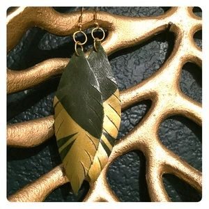 Emerald green and gold feather leathers earrings